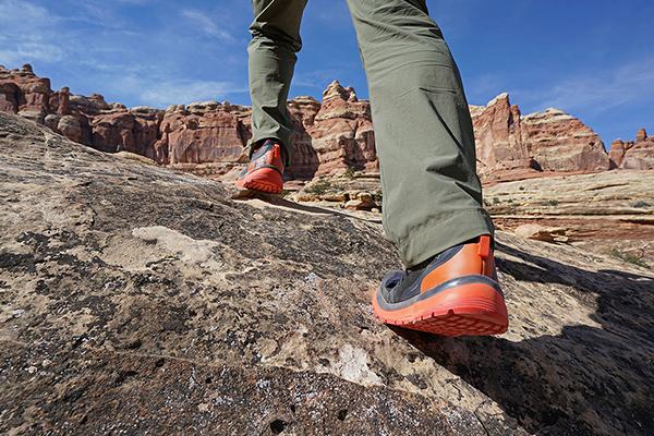Chaussures de marque salomon enfant taille 38