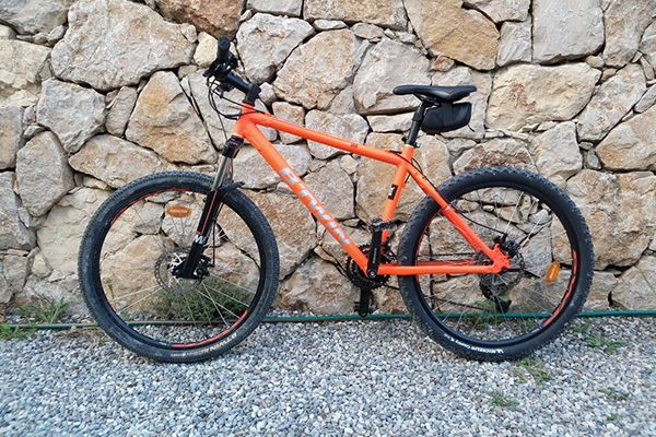 VTT Rockrider 500 orange de B'TWIN