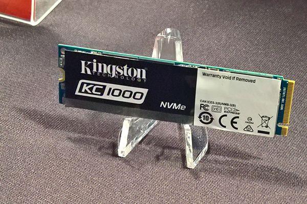 Kingston KC1000