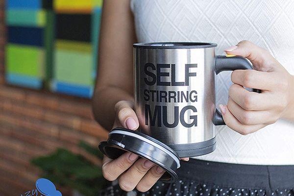 "Le mug ""Self-Stirring"" de chez Chuzy Chef"