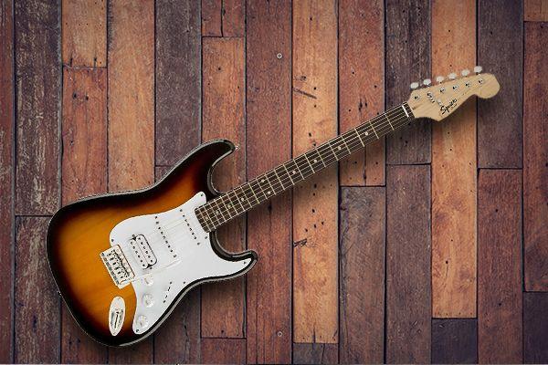 Squier by Fender HSS Bullet Strat