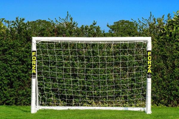 Le but de football de chez Forza