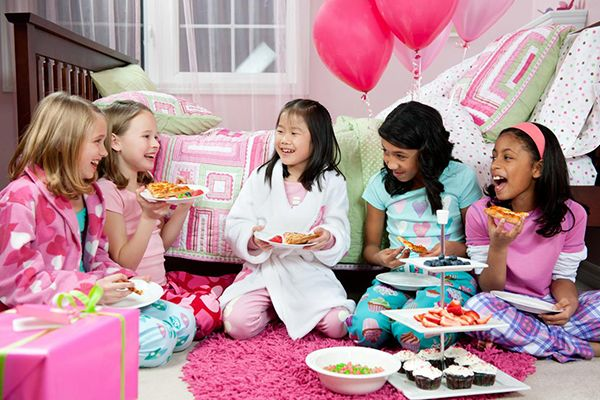 La mini box maxi fun soirée pyjama de chez Les Fées Hilares