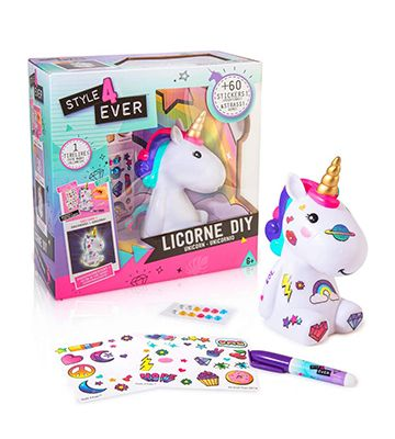 La licorne à customiser de chez Canal Toys