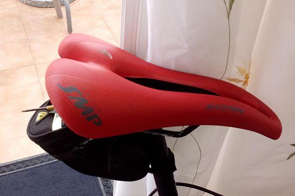 SMP Extra Fahrrad-Sattel