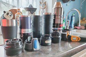 Les mugs isothermes utilisés pendant les tests