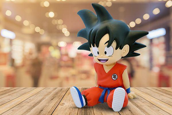 La mini tirelire Son Goku de Plastoy