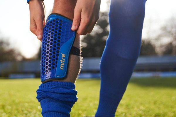 Mitre Aircell protege tibia